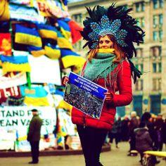 """Вільний Київ @freekyiv 3.1.14 Проект """"Непомітні"""" створили 2 тижні тому, а він і досі актуальний. Всі фото: https://www.facebook.com/patokastudio   #Євромайдан pic.twitter.com/i7CzrbH4p1"""