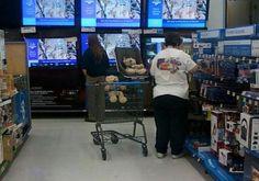 People of Walmart Part 2 - Pics 10