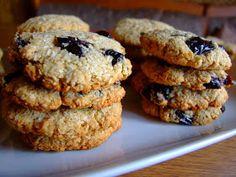Prima tava cu biscuiti simpli a continut Romanian Food, Recipe Boards, Keep It Cleaner, Yogurt, Deserts, Snacks, Cookies, Cake, Sweet