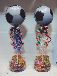 Centro de mesa Futbol Soccer Birthday Parties, Boy Birthday, Birthday Ideas, Barcelona Soccer Party, Soccer Centerpieces, 90th Birthday Decorations, Lion King Party, Pokemon Party, Party Time