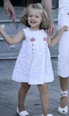 Royal kids: Princess Leonor of Spain's adorable wardrobe - HELLO! US