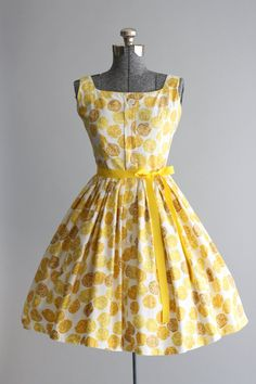 Vintage 1950s Dress / 50s Cotton Dress / por TuesdayRoseVintage