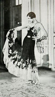 """Robe de Diner 1931 Les Modes (Paris) 1931 """"Favorite"""" Robe de Diner. Creation de la Maison Agnes-Drecoll"""