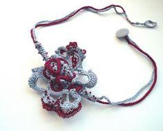 Crocheted amorphous Jewelry | Inspiromat