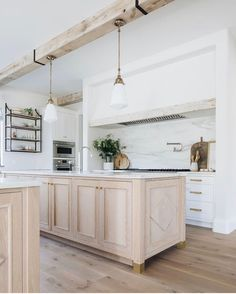 Home Decoration For Wedding .Home Decoration For Wedding Home Interior, Kitchen Interior, New Kitchen, Kitchen Decor, Interior Design, White Oak Kitchen, Kitchen Island, Oak Island, Kitchen Styling