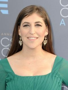 Mayim Bialik At Arrivals For 21St Annual Critics' Choice Awards, Barker Hangar, Santa Monica, Ca January 17, 2016. Photo By: Dee Cercone/Everett Collection Photo Print (16 x 20)