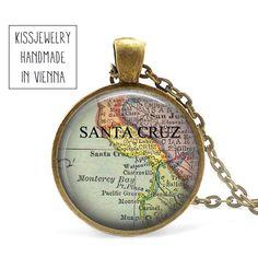Medaillonketten - SANTA CRUZ Anhänger Kette Karte map - ein Designerstück von Kissjewelry bei DaWanda