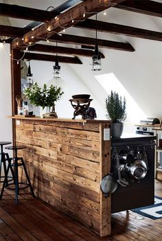 Exposed wooden beams is what gives any space a character, and if they are restored ones, it's even history. I love kitchens with wooden beams because they Eclectic Kitchen, Rustic Kitchen, Kitchen Interior, Kitchen Industrial, Industrial Scandinavian, Rustic Industrial Decor, Kitchen Walls, Kitchen Shelves, Rustic Charm
