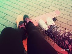 #pennyboards #shoes #legs #friends 💜💜❤❤