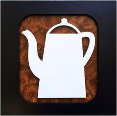Quadro artesanal desenho bule de café para decoração de cozinhas, em relevo no mdf, moldura branca.