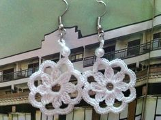 Flower Earrings With Bead