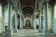"""""""Sehr hohen Verfall"""" sieht der Künstler auch bei der  church of decay , einer..."""