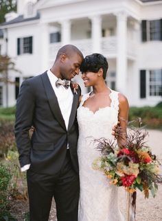 Bride and groom at Keswick Vineyards in Keswick, VA. Image by Kristen Lynne Photography.