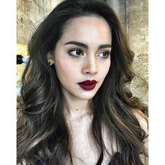 Ideas For Wedding Hairstyles Asian Hair Lip Colors Fancy Makeup, Red Lip Makeup, Beauty Makeup, Makeup Looks, Eye Makeup, Hair Beauty, Makeup Stuff, Prom Makeup, Cool Skin Tone