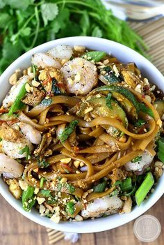 Gluten Free - Asian Noodle Bowls are quick, tasty and will satisfy your craving for takeout in 30 minutes or less! #glutenfree | iowagirleats.com