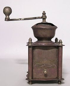 American Country clock/mechanical coffee grinder brass