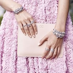 The effortless Australian style is showcased by blogger @kisforkani. be inspired - we sure will! #PANDORA #PANDORAstyle
