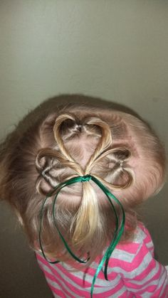 So cute if I get to play with a little girls hair for St. Patricks Day