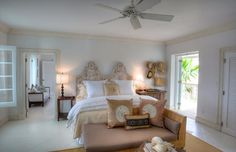 Coral House Modern Holiday Ocean Villa in Turks and Caicos Islands   (16)