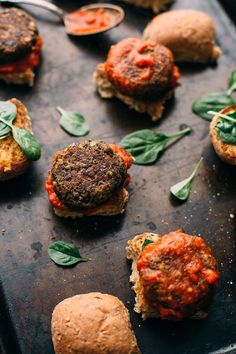 Vegan Lentil-Mushroom Meatball Sliders + A Giveaway of YumUniverse Pantry to Plate - Blissful Basil Vegetarian Meatballs, Vegetarian Lunch, Vegetarian Recipes, Flammkuchen Vegan, Mushroom Meatballs, Meatball Sliders, Vegan Burgers, Salmon Burgers, Vegan Wraps