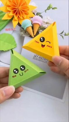 Diy Crafts Hacks, Diy Crafts For Gifts, Diy Crafts Videos, Creative Crafts, Diy Videos, Cool Paper Crafts, Paper Crafts Origami, Fun Crafts, Crafts For Kids