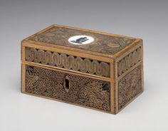 Writing Box with Wedgewood Abolitionist Medallion England, 1790 The Minneapolis…