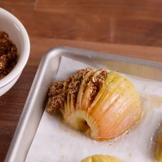 Snacks Recipes Hasselback apples are the easy fall dessert idea you need to try ASAP. Crustless Apple Pie Recipe, Apple Pie Recipes, Sweet Recipes, Apple Pies, Cake Recipes, Pasta Recipes, Chicken Recipes, Vegan Desserts, Delicious Desserts