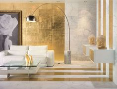 Golden interior gold living room deco gold glass wall tiles - verre eglomise Love this for a small space or apartment. Gold Interior, Best Interior, Interior Design, Design Interiors, Modern Interiors, Interior Ideas, Living Room Designs, Living Room Decor, Living Rooms