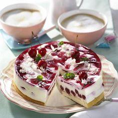 Mini Cheesecake, Cherry Desserts, Torte Cake, Food Cakes, Mets, Calories, Gelato, Pastries, Fruit