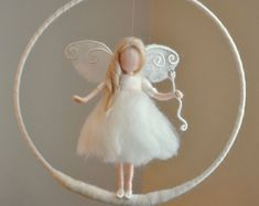 Wool doll Nursery Mobile / Wall Hanging Waldorf inspired : White fairy with stars and crystal drop Wool Dolls, Felt Dolls, Fairy Nursery, Spring Fairy, Newborn Room, Fairy Dolls, Felt Crafts, Mobiles, Needle Felting