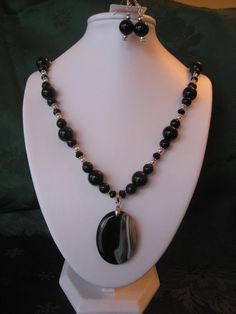 Black Obsidian and Agate Necklace Set