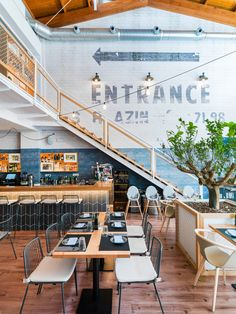 Find out all photos and details of MOON Bar & Restaurant, Spain on Archilovers. Browse the complete collection of pictures and design drawings Bar Restaurant, Restaurant Design, Cafe Bar, Interior Wall Colors, Game Cafe, Restaurant Pictures, Modern Cafe, Mediterranean Design, Restaurant Furniture