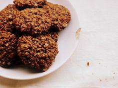 Estas galletas de avena fáciles son ideales para hacer cualquier día (para tomar la leche!!!) . Muy sencillas y con ingredientes que seguro tenés en casa.