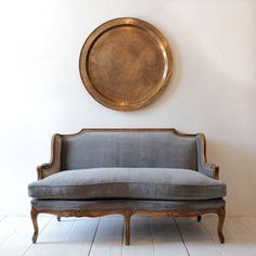 Vintage settee with new silver gray velvet upholstery French Furniture, Vintage Furniture, Home Furniture, Furniture Design, Country Furniture, Furniture Online, Furniture Stores, Furniture Ideas, Retro Sofa