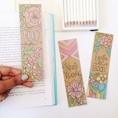 Free coloring bookmarks to make your reading colorful Creative Bookmarks, How To Make Bookmarks, Bookmarks Kids, Handmade Bookmarks, Coloring Book Art, Free Coloring Pages, Printable Coloring, Colouring, Adult Coloring
