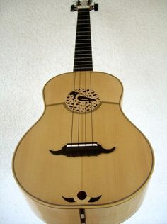 Luthier Alfonso Sandoval |