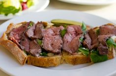Roast Beef Tartine - Charlotte