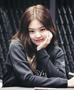 Kill this love Kim Jennie, Jenny Kim, Kpop Girl Groups, Korean Girl Groups, Kpop Girls, Chanel, Mode Ulzzang, Blackpink Members, Black Pink Kpop