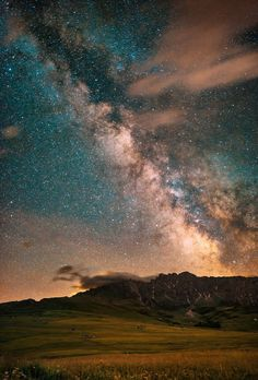 Stellar Path - Milky Way in South Tyrol, Italy Beautiful Sky, Beautiful World, Beautiful Places, Beautiful Pictures, Cosmos, Sky Full Of Stars, To Infinity And Beyond, Out Of This World, Milky Way