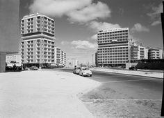 Cruzamento da Av. dos E.U.A. com a Av. de Roma, Lisboa (S.A. Fernandes, c. 1956)