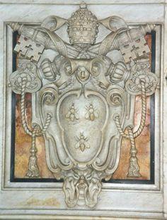 Basilica di San Pietro. Stemma di Papa Urbano VIII Barberini ( Arms of Urban VIII (1623-44), S. Peter.)