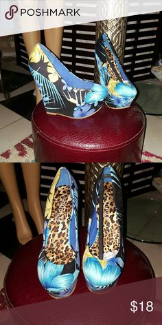 Blue Flower Themed Wedges Blue and Black Wedges with Flowered Print Bucco Capensis Shoes Wedges