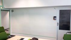 Chytrá zeď je i v kancelářích Siemens :). www.chytrazed.cz Czech Republic, Flat Screen, Wall, Painting, Blood Plasma, Painting Art, Flatscreen, Walls, Paintings