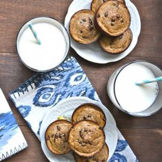 These flourless muffins are packed with protein and ready in just 15 minutes!
