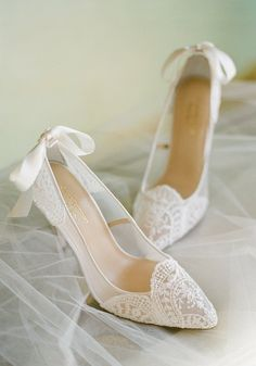 Claire Pettibone for Bella Belle Giselle ivory lace wedding shoes with embroider. , Claire Pettibone for Bella Belle Giselle ivory lace wedding shoes with embroider. Wedding Pumps, Wedding Boots, Wedding Shoes Heels, Lace Heels, Bride Shoes, Ivory Wedding, Bow Wedding, Casual Wedding, Dream Wedding