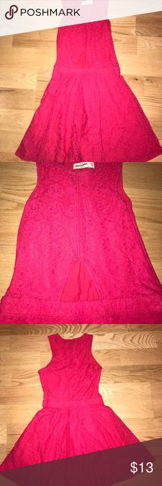 Abercrombie Kids Dress Red Abercrombie Kids dress. Cut-out about the stomach but not too revealing. Very flattering. Kids Size 14. Only worn a couple times. Abercombie Kids Dresses