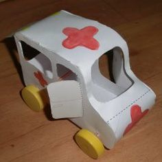 Krankenwagen basteln