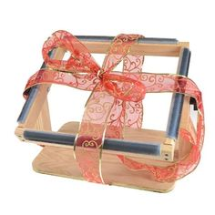 Rug Hooking Frame X This Very Sy Is Made From Solid Red Oak The Gripper Strips Are Wred Around Corners Of Giving
