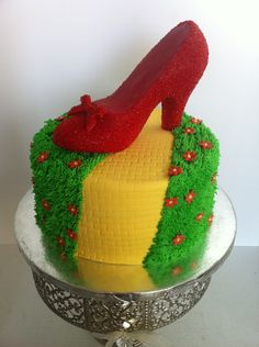 wizard of oz ruby slipper cake