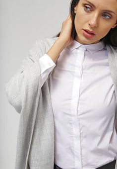 Calvin Klein Jeans WALIDA - Skjorte - white - Zalando.no Calvin Klein Jeans, Button Up, Collars, Chef Jackets, Ruffle Blouse, Lady, Tops, Women, Fashion